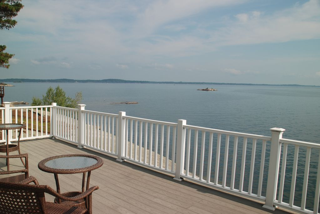 View of the St Lawrence River from upper deck